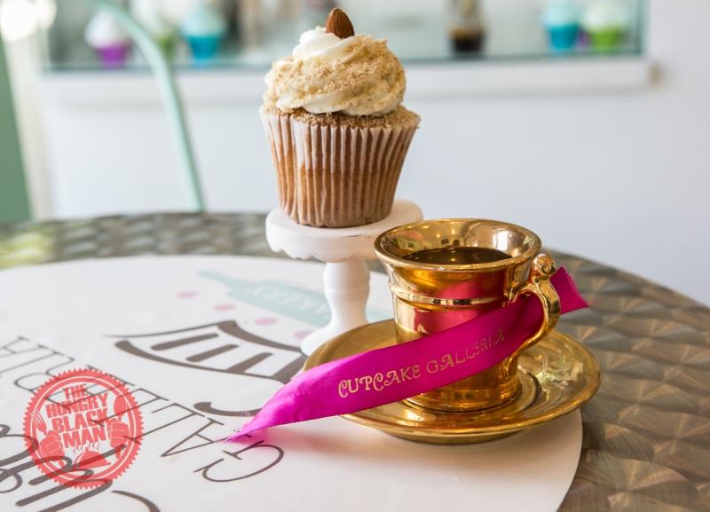 Cupcake Tea and Cupcake