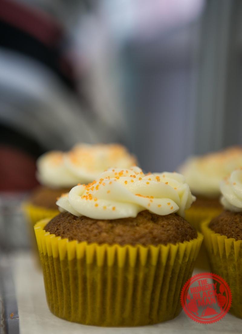 carott-cake-cupcake-with-icicng