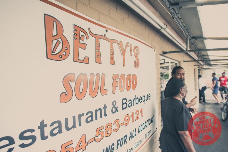 betty-sign